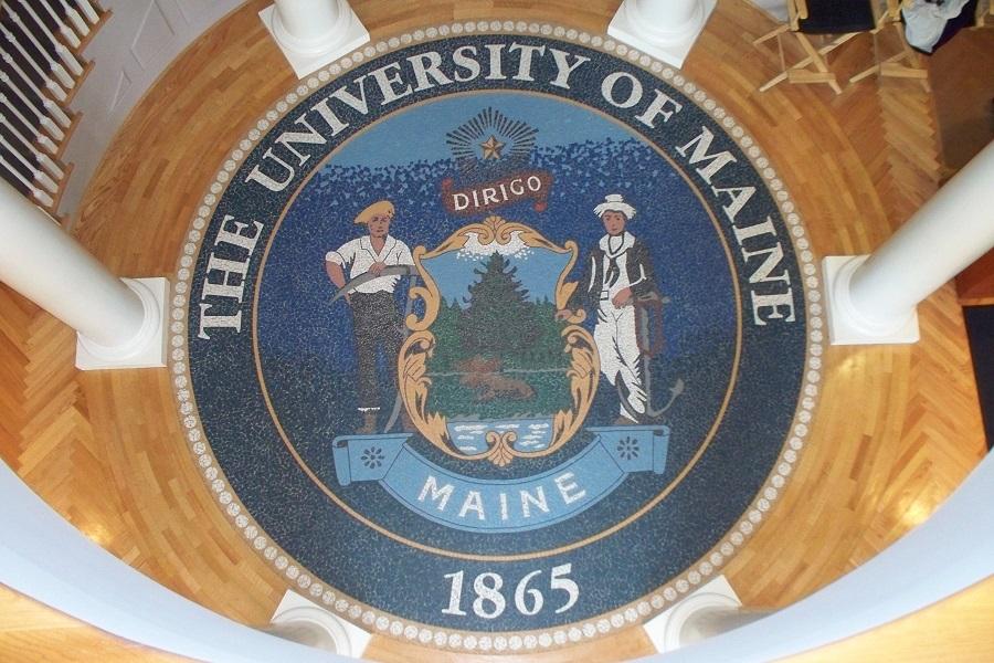 An Image of the Dirigo Seal at Buchanan Alumni House